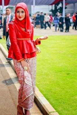 Hijabusanamuslim Licensed For Non Commercial Use Only Kebaya